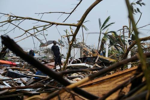 ویرانی بر جای مانده از توفان