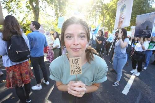تظاهرات جهانی بزرگ مقابله با پیامدهای تغییرات اقلیمی در 150 کشور جهان/ لندن/PA