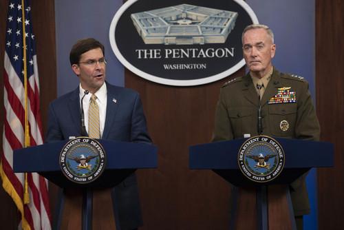 نشست خبری مشترک رییس ستاد مشترک ارتش و وزیر دفاع آمریکا در مقر وزارت دفاع در واشنگتن دیسی/ پنتاگون