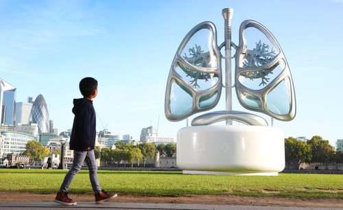 مجسمهای از ریه انسان برای توجه دادن به موضوع آلودگی هوا در لندن/ گاردین