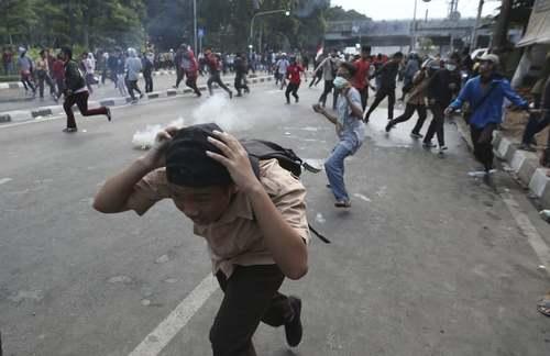 تظاهرات دانشجویی در شهر جاکارتا اندونزی/ آسوشیتدپرس