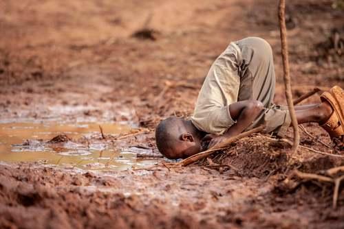 بجران آب سالم در کنیا. از عکسهای برنده جایزه مسابقات عکسهای محیط زیستی سال 2019