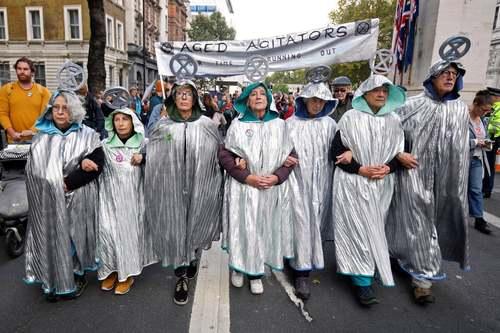 سومین روز تظاهرات سراسری و بزرگ فعالان محیط زیستی موسوم به جنبش