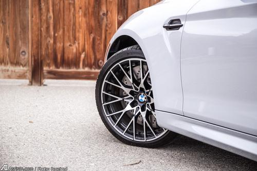 خودرویی که پورشه و ماستنگ را به چالش می کشاند! (+فیلم و تصاویر) - مجله آنلاین موبنا