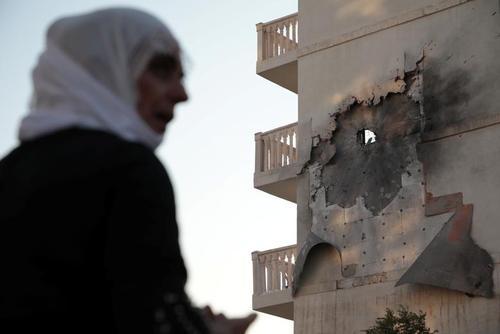 حمله راکتی از سوریه در پاسخ به حمله نظامی ترکیه به مناطق کردنشین سوریه در  شهر مرزی