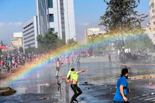 اعتراضات گسترده ضد دولتی در شهر