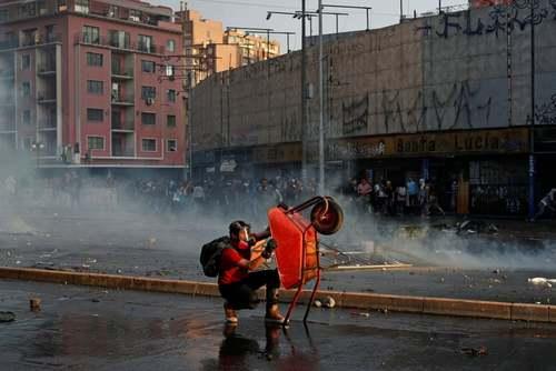 ادامه اعتراضات ضددولتی در شهر سانتیاگو شیلی/ رویترز