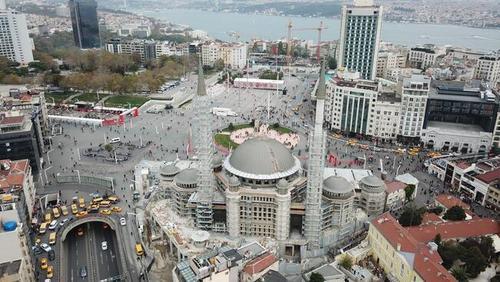 نمای هوایی جدید از مسجد و مرکز فرهنگی در حال ساخت در میدان تقسیم استانبول/عکس:DHA