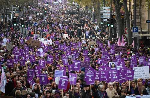 تظاهرات علیه خشونت برضد زنان در پاریس/ خبرگزاری فرانسه