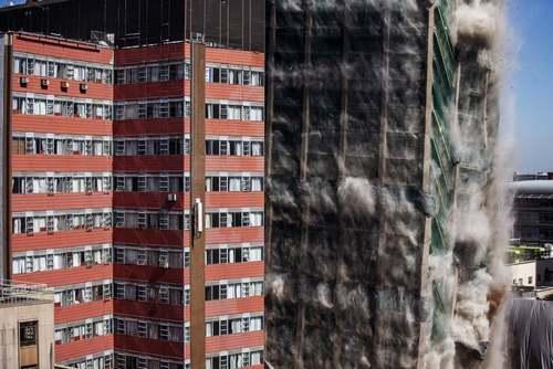 تخریب کنترل شده ساختمان