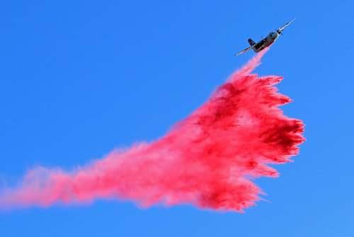 خاموش کردن آتشسوزی جنگلی در منطقه