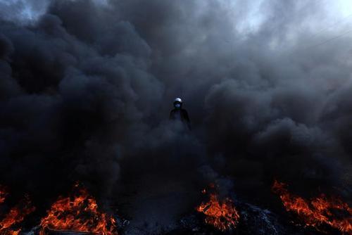 اعتراضات در شهر کربلا عراق/ رویترز