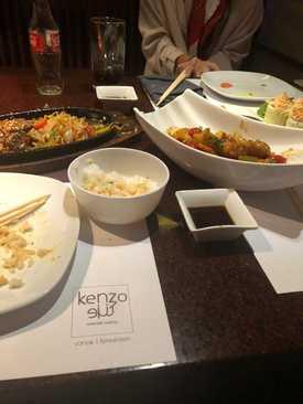 ناهار در رستوران