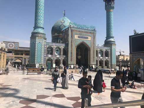 حرم امامزاده صالح در میدان تجریش در شمال تهران