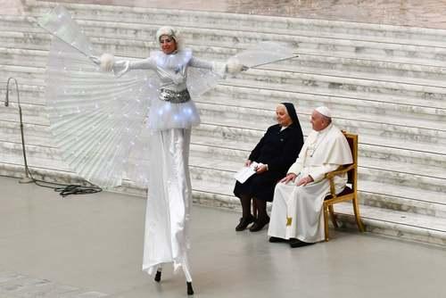 اجرای نمایش در حضور پاپ فرانسیس در واتیکان/ خبرگزاری فرانسه
