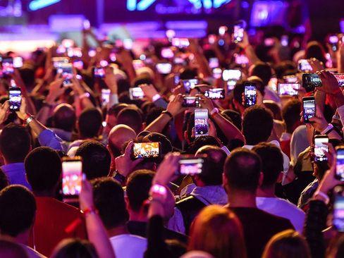 برگزاری کنسرت در حاشیه جشنواره خرید در