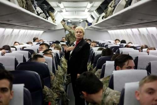 سربازان ارتش آمریکا از پایگاه نظامی