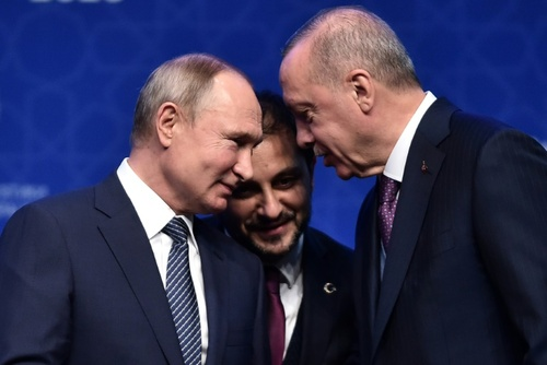رهبران ترکیه و روسیه در آیین افتتاح خط لوله انتقال گاز روسیه به ترکیه و اروپا در استانبول/ خبرگزاری فرانسه