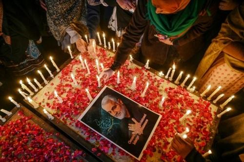 تجلیل مردمی از سردار شهید قاسم سلیمانی در شهر اسلام آباد پاکستان/ خبرگزاری فرانسه