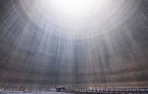 بازدید از داخل برج خنک کننده یک نیروگاه زغال سنگ در آلمان/ خبرگزاری فرانسه