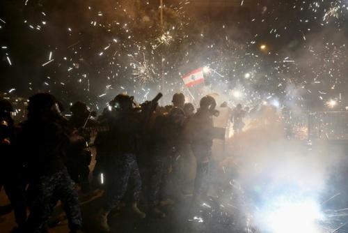 اعتراضات در بیروت - 18 ژانویه 2020 (28 دی 98)خبرگزاری فرانسه