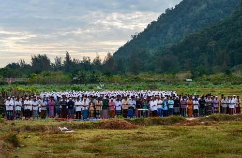 نماز نزول باران در استان آچه اندونزی/ خبرگزاری فرانسه