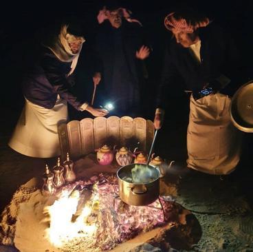 امیر سابق قطر (شیخ حمد بن خلیفة آل ثانی) در صحرای قطر