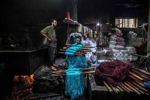 کارگاه سنتی رنگرزی در شهر قاهره/ خبرگزاری فرانسه