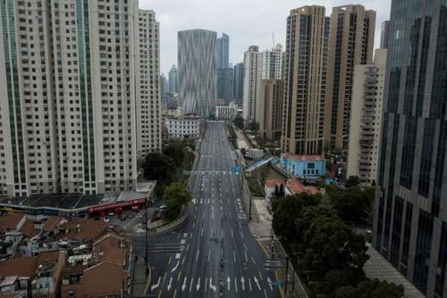 خیابانهای خلوت شهر شانگهای چین/ خبرگزاری فرانسه