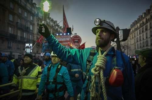 تظاهرات کارگران فرانسوی علیه قانون بازنشستگی جدید فرانسه/ پاریس/ گتی ایمجز