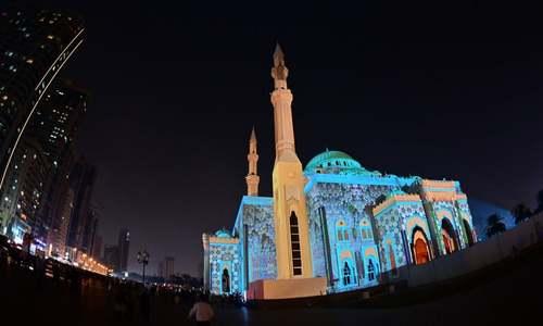 دهمین جشنواره سالانه نور در بندر