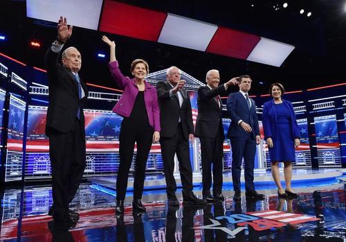 مناظره 6 نامزد انتخاباتی حزب دموکرات آمریکا در شهر لاس وگاس در ایالت نوادا آمریکا/ رویترز