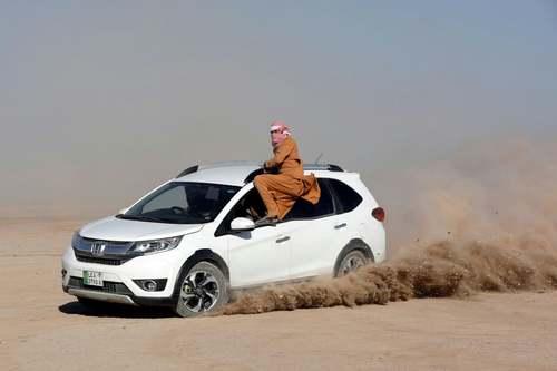 مسابقات رالی صحرا در پاکستان/ رویترز