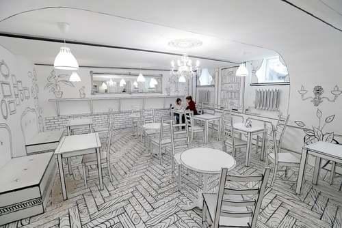 افتتاح یک کافی شاپ سیاه و سفید در شهر