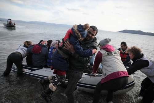 رسیدن پناهجویان افغان به سواحل جزیره