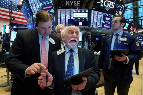 بازار بورس نیویورک در شوک سقوط شاخص سهام در پی جدی شدن بحران ورود ویروس کرونا به ایالات متحده آمریکا/ رویترز