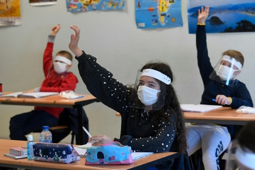 بازگشایی مدارس در فرانسه/ خبرگزاری فرانسه