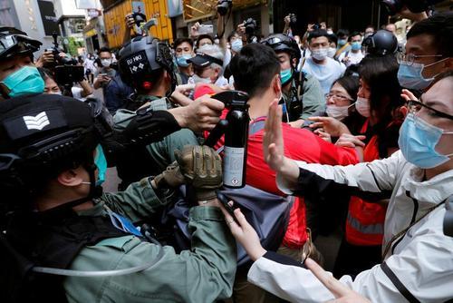 ادامه اعتراضات برضد لایجه جدید امنیت ملی در هنگکنگ/ رویترز و خبرگزاری فرانسه