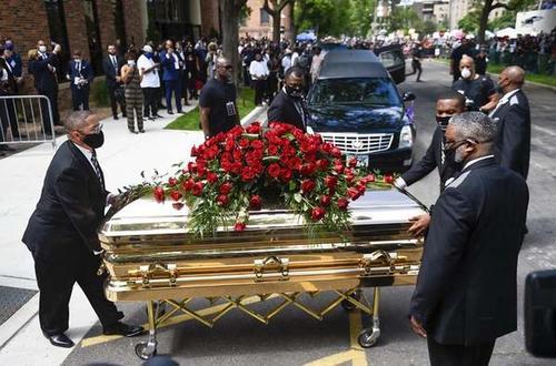مراسم تشییع جنازه فلوید در شهر مینیاپولیس/سی ان ان