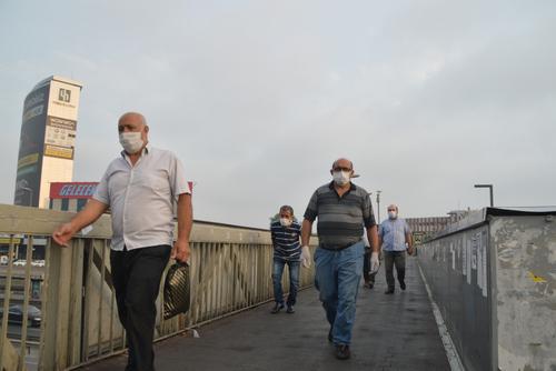 صبح نخستین روز اجباری شدن زدن ماسک در شهر استانبول/عکس:DHA