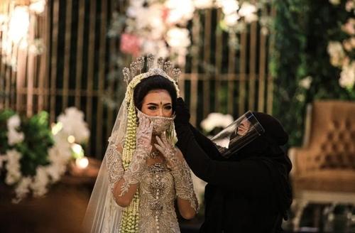 یک شرکت ارایه دهنده خدمات جشن عروسی در
