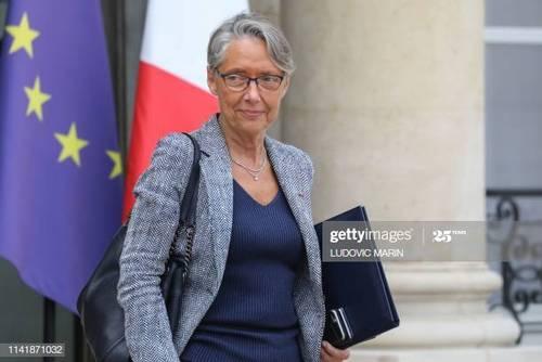 ژنویو داریوسک - Genevieve Darieussecq  وزیر مشاور در امور یادبود کهنه سربازان
