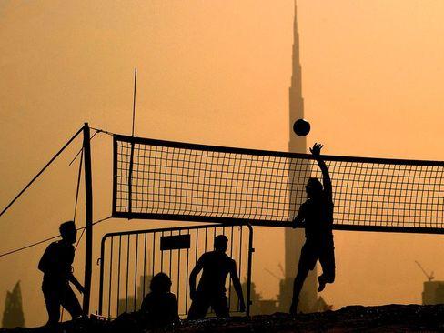 والیبال ساحلی در دوبی/ خبرگزاری فرانسه