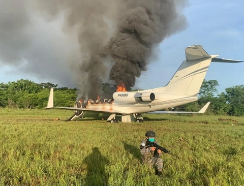 سقوط یک هواپیمای حامل محموله قاچاق