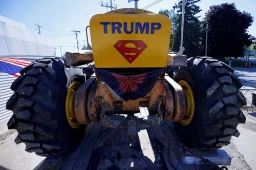 تراکتور یکی از حامیان ترامپ در ایالت ویسکانسین آمریکا/ رویترز