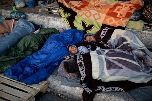 پناهجویان و پناهندگان کمپ