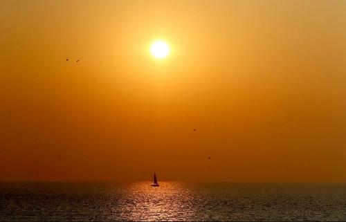 طلوع آفتاب در خلیج