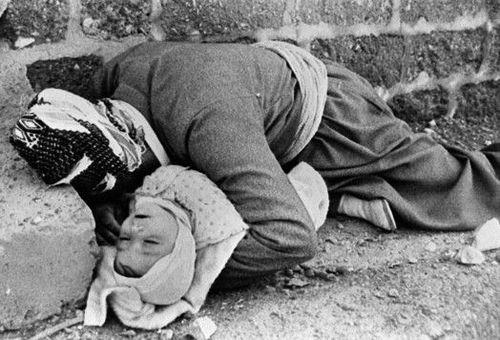 20 مارس 1988 (اول فروردین 1367) - بمباران شیمیایی شهر کردنشین حلبچه از سوی ارتش تحت امر صدام دیکتاتور سابق عراق و کشته و مصدوم شدن هزاران کرد عراقی