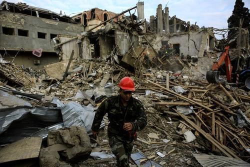حمله موشکی ارمنستان به شهر گنجه آذربایجان/ رویترز