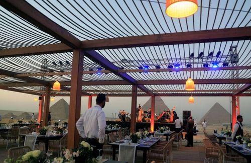 افتتاح یک رستوران و مجموعه گردشگری جدید در کنار اهرام ثلاثه مصر/ رویترز